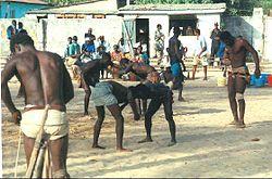 Rolanim sport lutte s n galaise for Interieur sport lutte senegalaise